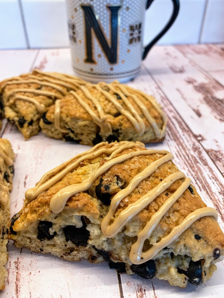 Chocolate chip expresso scones