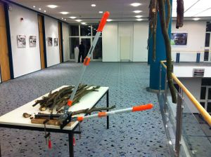 Blick in die Ausstellung in der Sparkasse Eberswalde Foto: tigerworx