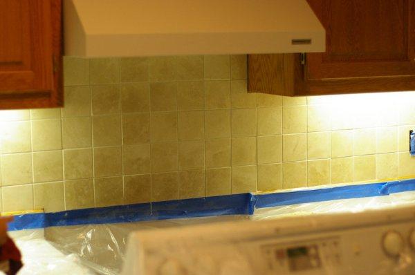 lowes kitchen pantry appliance cabinet back splash yaya 稍微清理了一下 然后去和小人一起泡了个澡