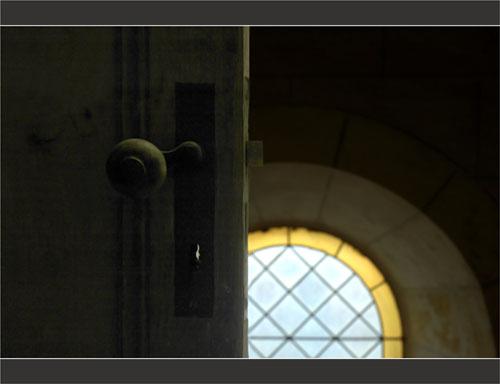 BLOG-DSC_1779-porte et vitrail