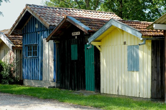 CP-DSC_7475-cabanes bleu, verte & jaune