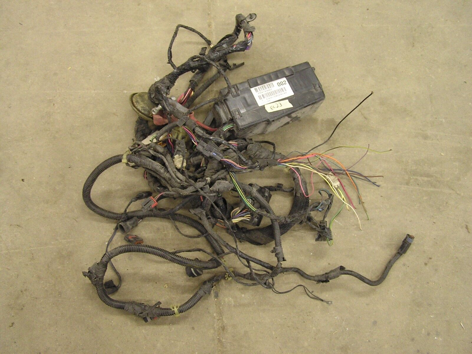 hight resolution of used dodge electrical parts for sale 2005 dodge ram 1500 wiring 04793002 2005 dodge neon wire