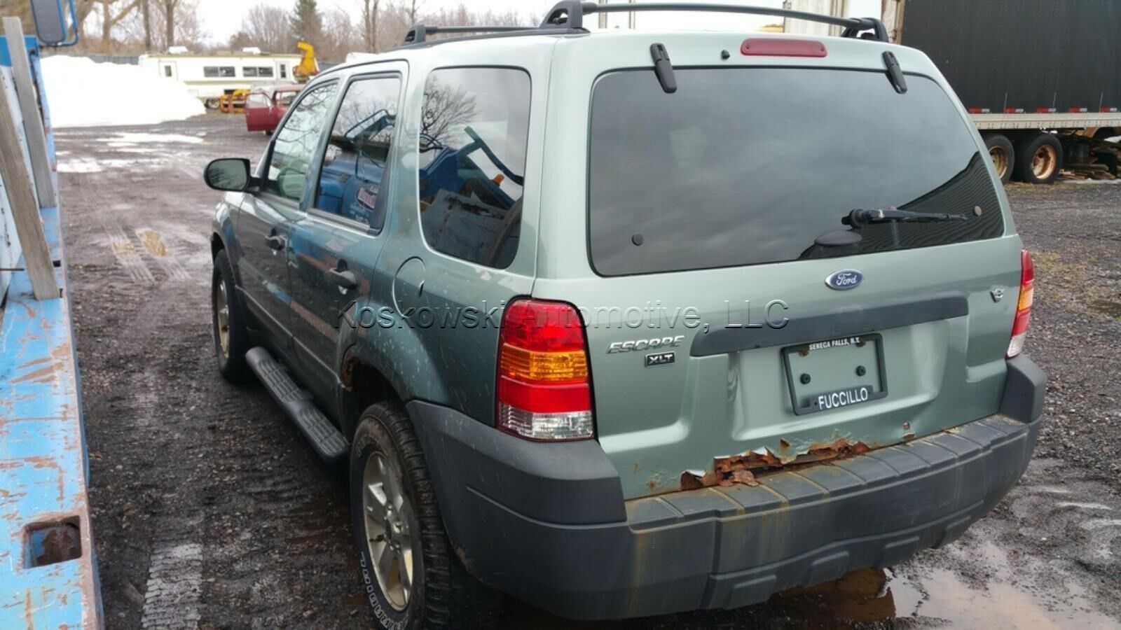 ford escape tailgate latch 2001 2007 mercury mariner [ 1600 x 900 Pixel ]