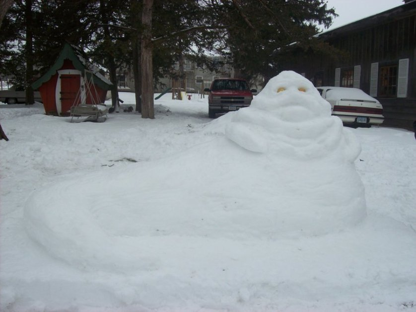 jabba_the_hut_snow_sculpture_by_metaworks