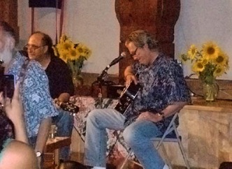 jeff-bridges-with-guitar-at-zen-peacemakers