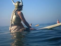 maude surfing