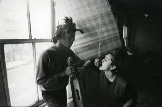 Jean-Michel Basquiat nel suo loft con Madonna