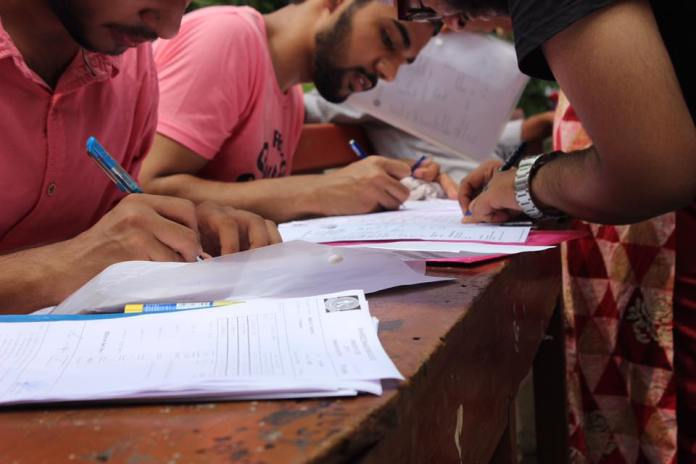 DU Admissions 2018 : Documents Required At The Time Of Filling Online Form