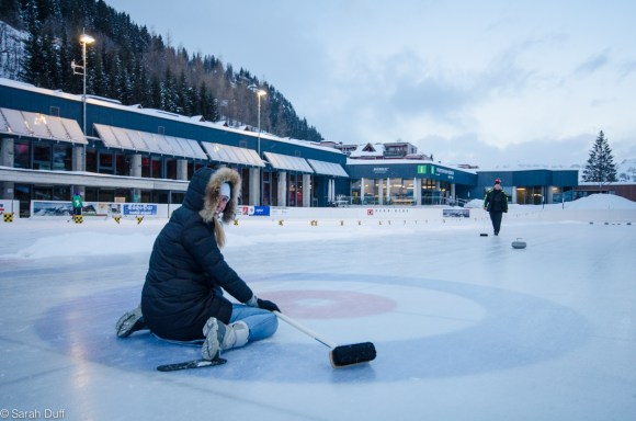 Curling in Murren