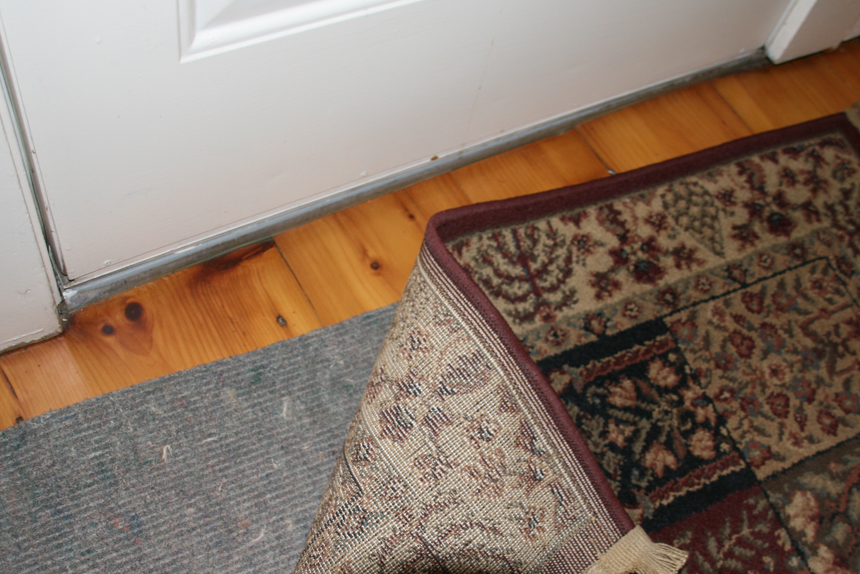 Area Rugs for Wood Floors