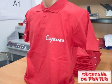 dugheana-de-printuri-agentie-de-publicitate-tricouri-personalizate-eujouer-tricouri-livrare-gratuita-distributie