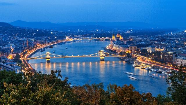 Budapest - van duguláselhárító közössége, bár erről kevés szó esik