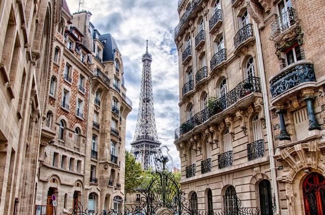 Pháp xếp thứ 4 trong danh sách các quốc gia không nói tiếng Anh thu hút du học sinh nhất thế giới