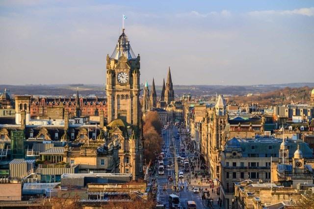 Nền giáo dục Anh Quốc mang đến cho thế giới các nhà lãnh đạo, chính trị gia kiệt xuất