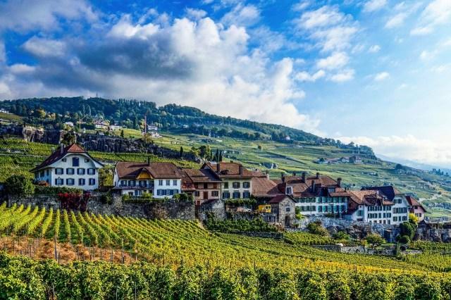 Thụy Sĩ - Cái nôi của ngành nhà hàng khách sạn