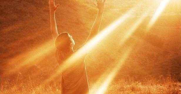 Isusovi učenici ne proklinju tamu svijeta nego pale svjetlo i donose zrnce životne radosti!
