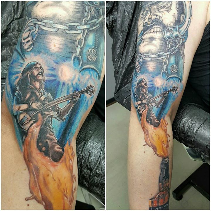 "and the ""lemmy sleeve"" goes on and And the ""Lemmy Sleeve"" goes on and 15027474 1060871327372044 7258674959256587287 n"