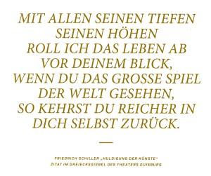 Zitat von Friedrich Schiller auf dem Giebel über der Säulenfront des Theaters Duisburg.