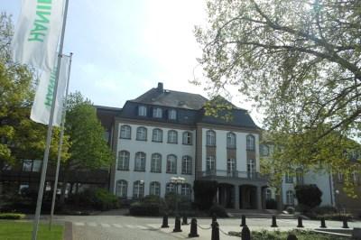 Die Unternehmenszentrale von Haniel in Duisburg-Ruhrort.  Foto: Petra Grünendahl.