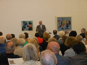 Museumsdirektor Prof. Walter Smerling bei der Ausstellungseröffnung. Foto: Petra Grünendahl.
