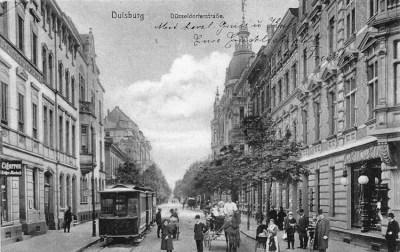 Endstation der Düsseldorf-Duisburger Kleinbahn an der Düsseldorfer Straße 1905 (Blick von der Königstraße).