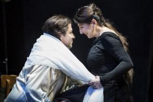 Corby Welch (Bacchus), Karine Babajanyan (Ariadne). Foto: Florian Merdes.