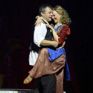 Johannes Preißinger (Pedrillo), Sibylla Duffe (Blonde). Foto: Hans Jörg Michel.