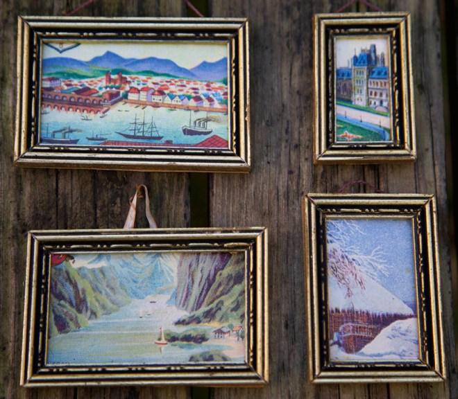 4 billeder sat i ens rammer for at passe til Gottschalk huset, glansbilleder, brugt, ca. 1920 . Svært at vurdere.