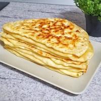 Plăcinte cu brânză la tigaie - rețeta VIDEO