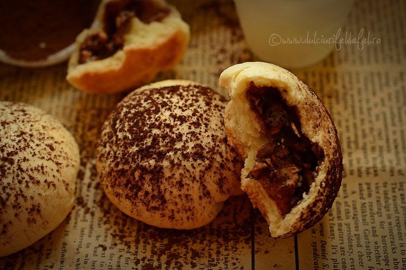 Fursecuri cu crema de ciocolata