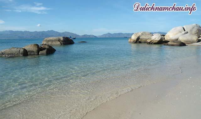 Vẻ đẹp không tì vết của đảo Cù Lao Câu