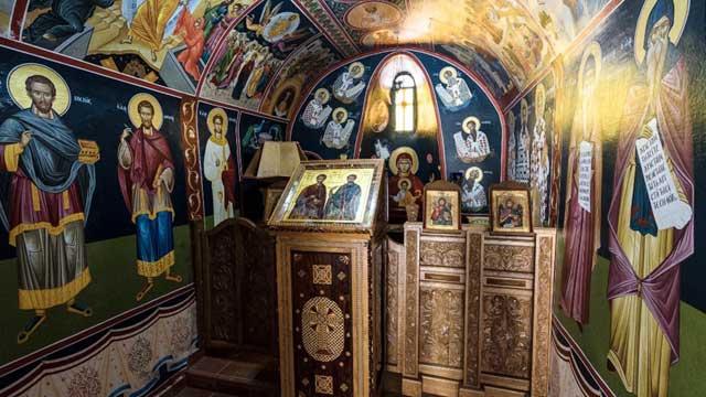 Tu viện nổi tiếng khó tiếp cận nhất Hy Lạp