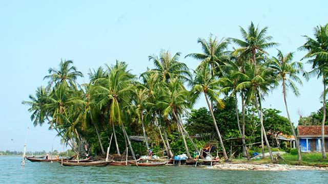 Vẻ đẹp thanh bình của đảo Tam Hải nơi 3 mặt giáp biển của tỉnh Quảng Nam