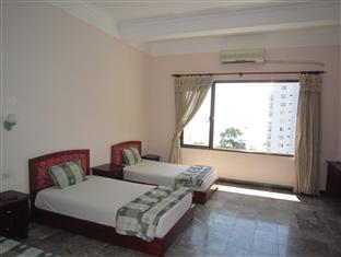 Khach san Number One Hotel