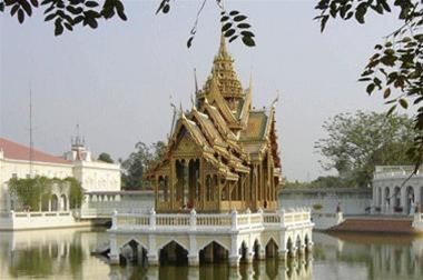 chua-thap-thai-lan-1