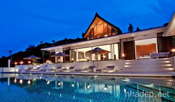 Ve-dep-nong-am-mo-mang-ben-bo-bien-Phuket_1
