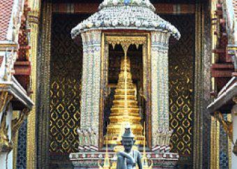 tham-quan-ngoi-chua-wat-phra-kaew-tai-thai-lan-3