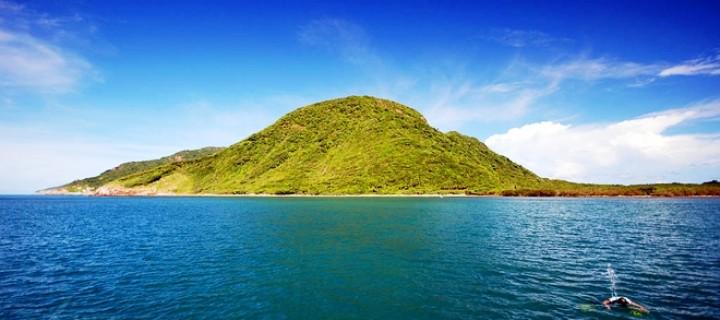 Hòn bảy cạnh Côn Đảo