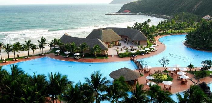 nghi-duong-tai-4-resort-tren-dao-tuyet-dep-cua-viet-nam-1