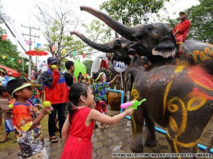 songkran-thai-lan-1