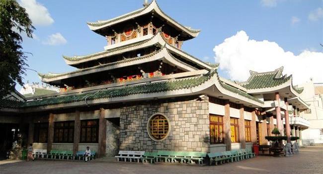 7 ngôi chùa nổi tiếng linh thiêng ở miền nam, Việt Nam