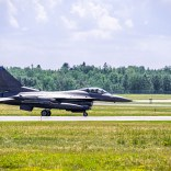 DLH_Taxiing F-16
