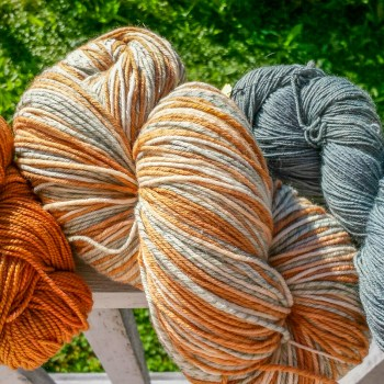 Natural Dyes at the Duluth Folk School
