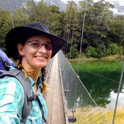 Duluth Folk School Instructor Cindy Lonneman