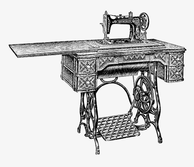 Treadle Sewing Machine Demo at the Duluth Folk School