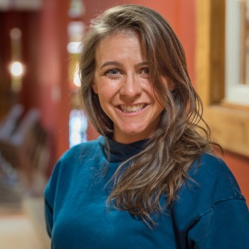 Duluth Folk School instructor Rena Navarro