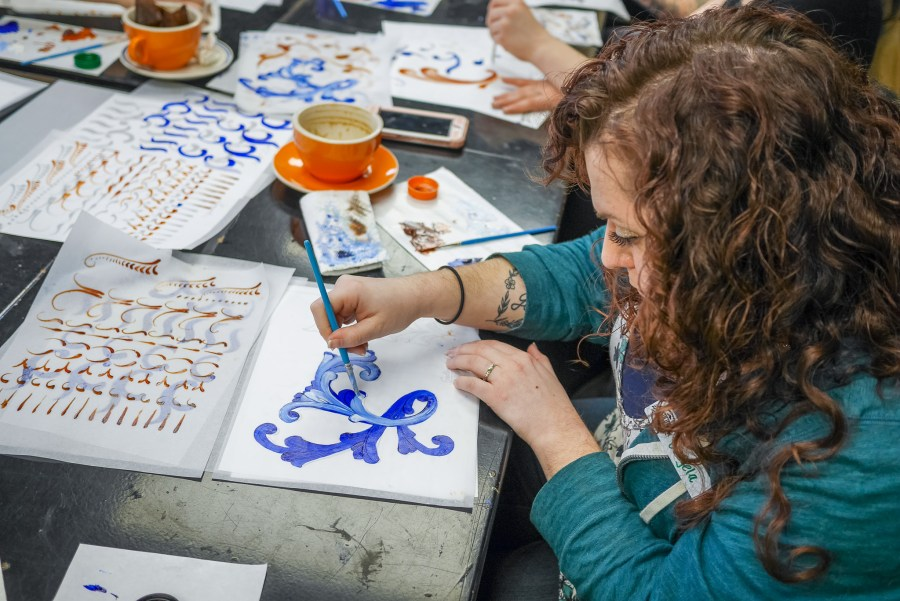 Introduction to Gudbrandsdal Rosemaling at the Duluth Folk School