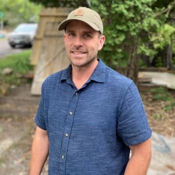 Duluth Folk School instructor Chris Schrock