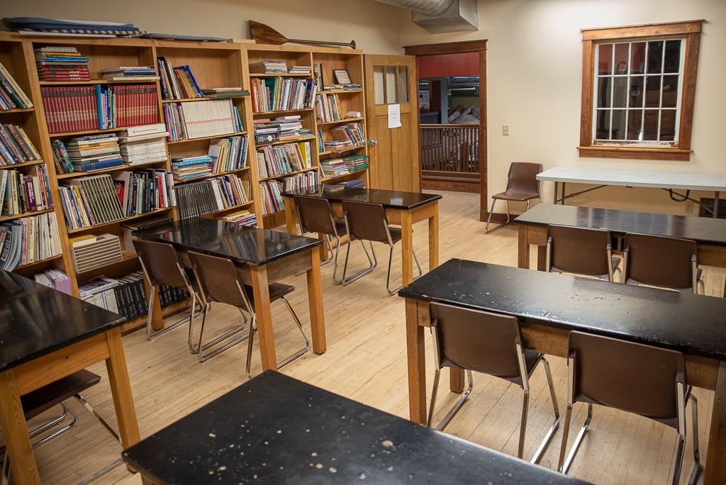 Duluth Folk School Library Classroom