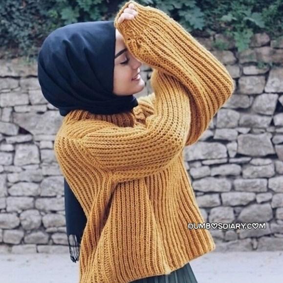 Cute muslimah hijabi girl in black hijab